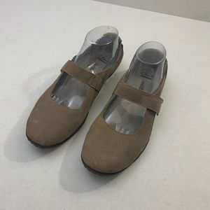 Clarks Collection Mary Jane Shoes Sz 9